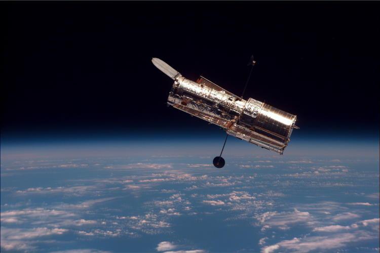 Hubble_01-500